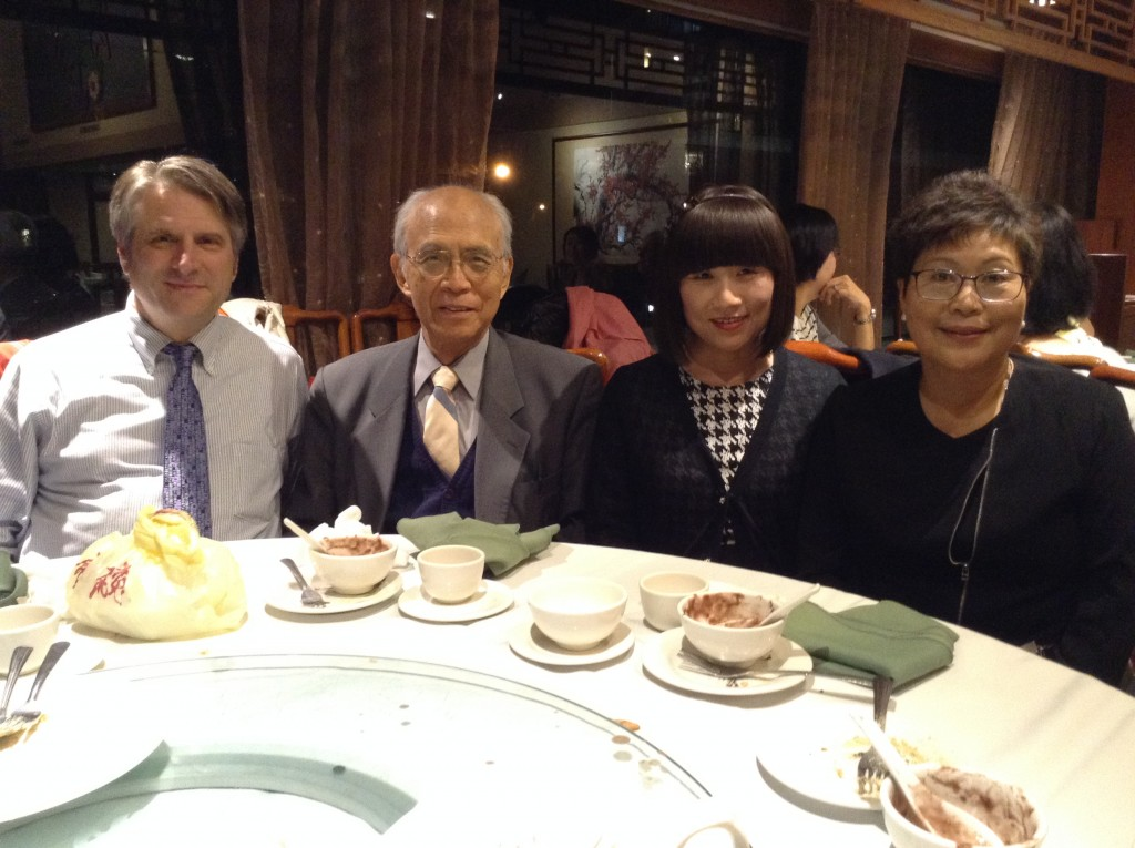 Voices of Kakehashi _dinner reception_Prof Soga with Ross King, Kasuko Trudel and Rebecca ChauChau_Oct.25 .2015